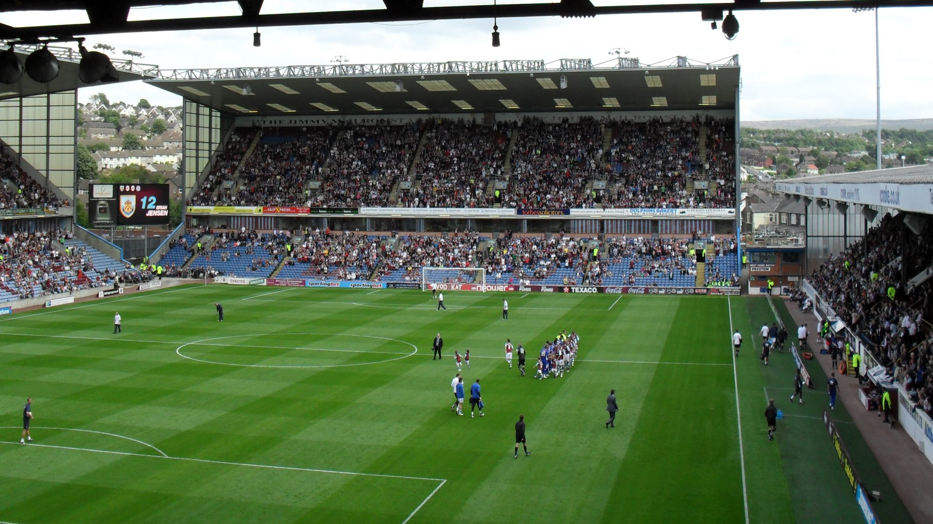 burnley chatrooms Hammers chat skip to content forum blogs burnley fan q&a-this is very good gentlemen you can't fight in here this is the war room.